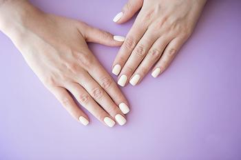 Mobile Beauty Therapist in London Manicure